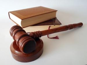 Bufetes de abogados y asesores legales están llamados a los Premios a la Excelencia en los negocios