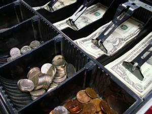 Impuestos para autónomos, empresas y pymes en julio