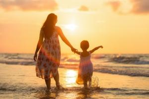 Ayudas a madres autónomas con hijos a cargo
