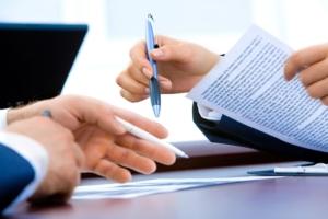 Qué es el contrato de prestación de servicios y qué debe contener